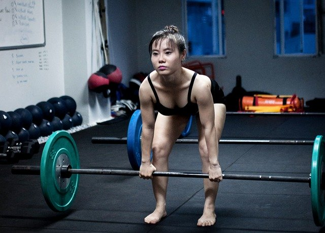 Best Women's Shoes for Squats and Deadlifts